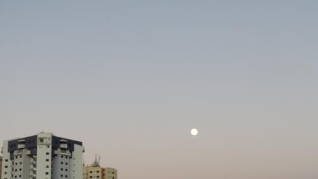 lua de manha2015-11-16 06.24.38